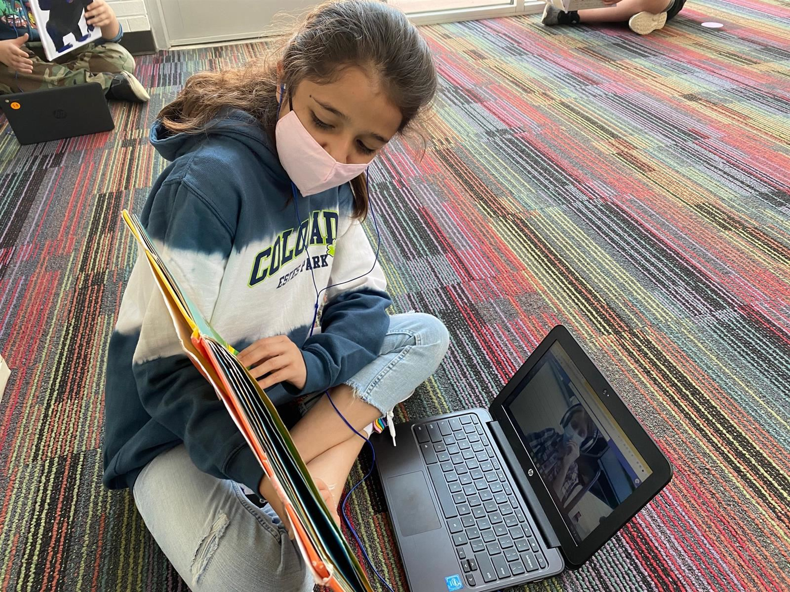 Students organize virtual story time